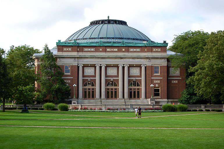 伊利诺伊大学厄巴纳—香槟分校简介图片